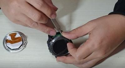 Smart Wearable Garmin Screen Repair